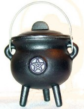 Small Potbelly Cauldron with Pentagram